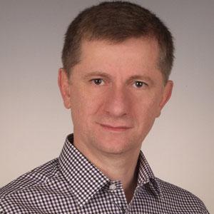 Adam Babiarz - prowadzi zajęcia na studiach podyplomowych